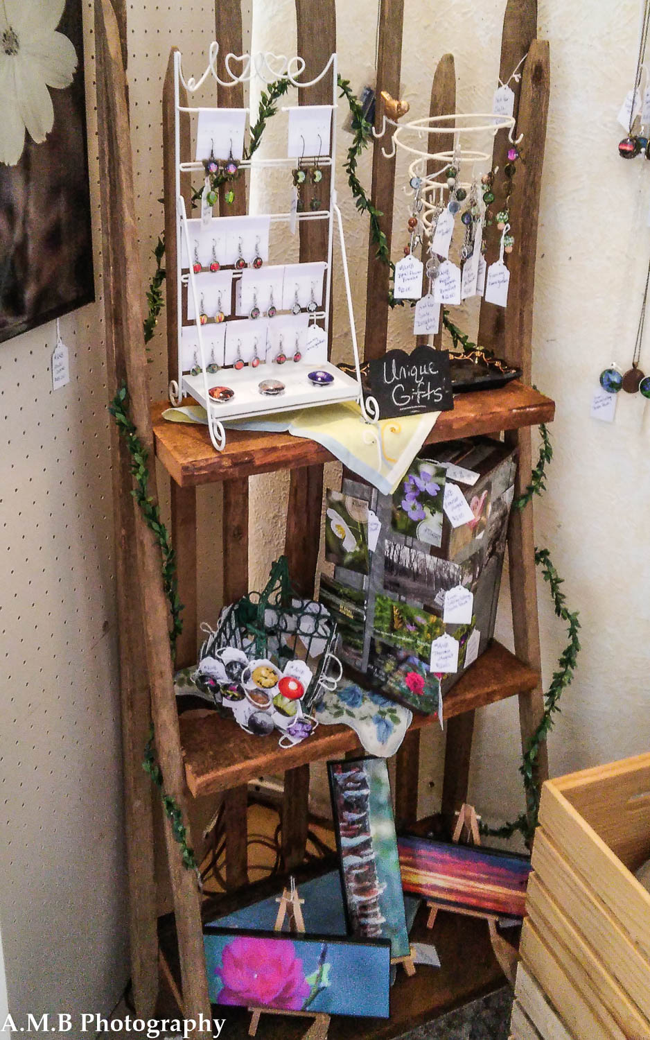 Kountry Nook - Large Booth XV